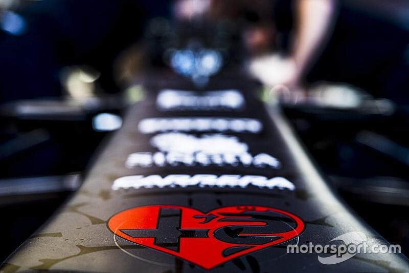 Kubica már szerdán tesztelheti az új Alfa Romeót az F1-es teszten