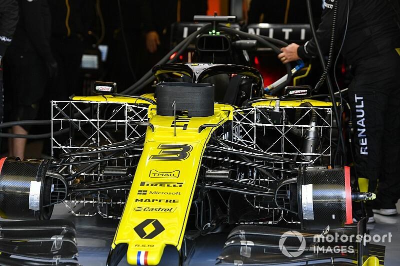 Hivatalos: nagyon nagy nevet fogott a Renault – Fry a fedélzeten!