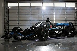 Már június elején újraindul az IndyCar: ugyanazon a napon az edzés, az időmérő és a futam