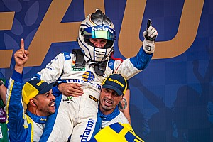 Daniel Serra wins third Stock Car Brazil title at Interlagos