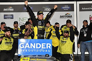 Enfinger tops Anderson for Daytona Truck win in photo finish