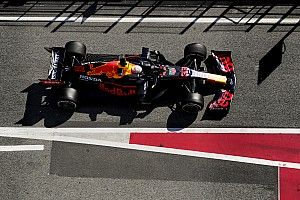 Сделай Ферстаппену болид. Red Bull поделилась бесплатной моделью для сборки