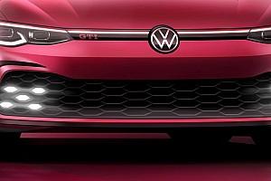 BRÉKING: Megérkezett az első hivatalos kép a Volkswagen Golf GTI-ről