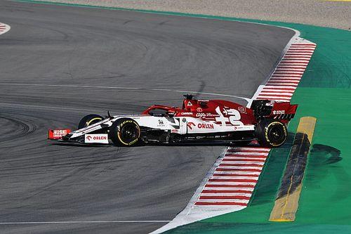 F1: Kubica se mantém na ponta ao fim do dia de testes em Barcelona