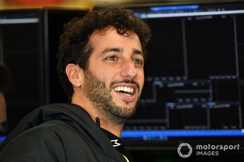 """Ricciardo explica por qué evitó la """"madriguera"""" de los Esports"""