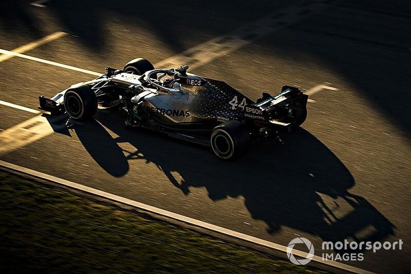 СМИ: У FIA нет вопросов к новой системе Mercedes