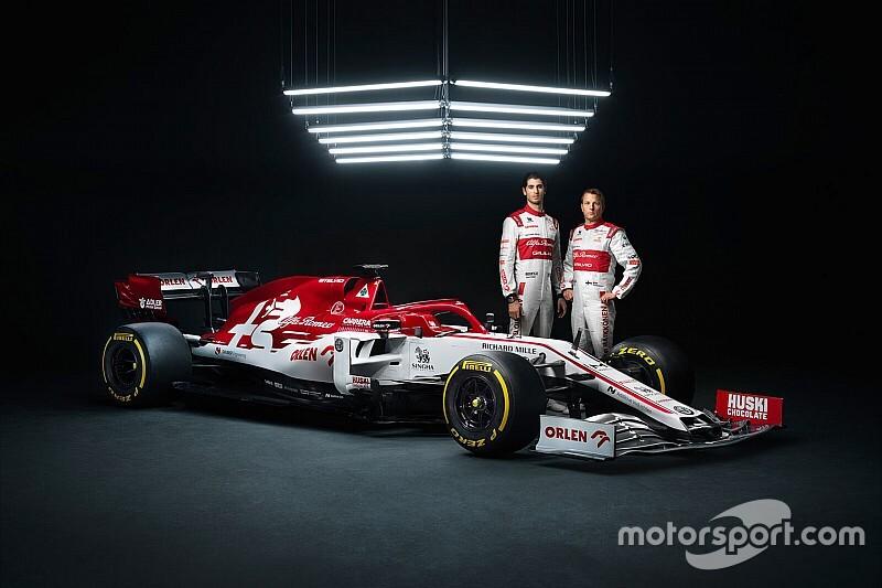 Hivatalos képeken a 2020-as Alfa Romeo idei F1-es festése