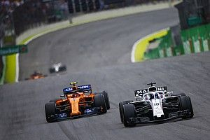 "McLaren/Williams in F1 ""void"" between works teams and B-teams"