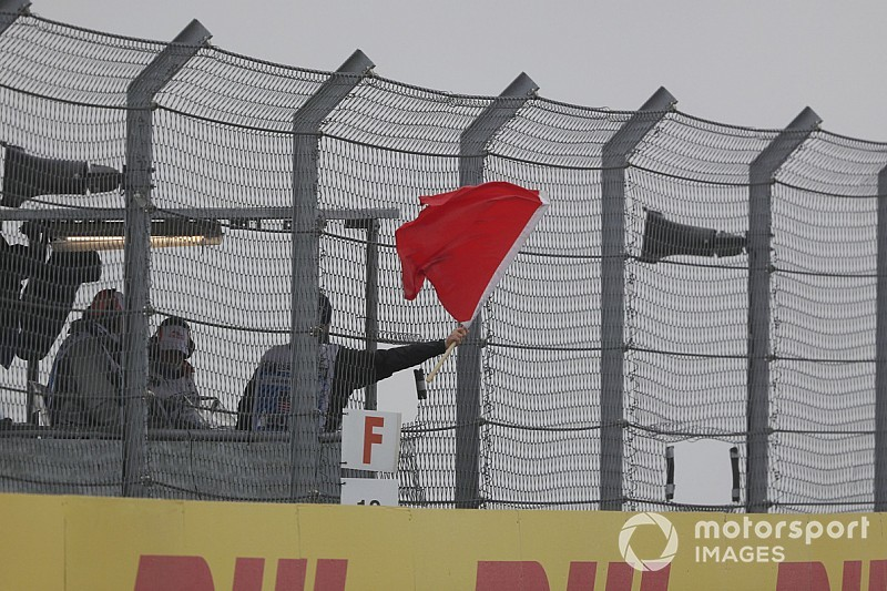 """Sanctionné, Vettel estime que le règlement manque de """"bon sens"""""""