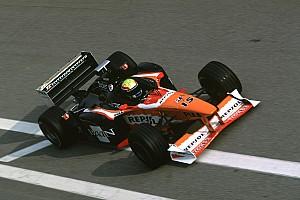 C'était un 10 décembre : le premier test de Mark Webber en F1