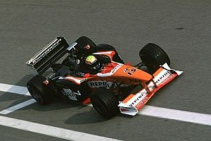C'était un 10 décembre : Mark Webber au volant d'une Arrows
