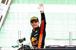 """Stewart: Verstappen est """"revigorant"""" pour la F1"""