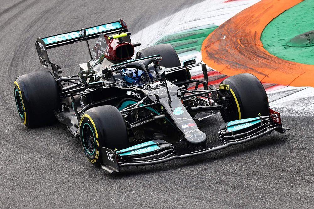 F1, GP Italia: pole di Bottas, prima fila tutta Mercedes