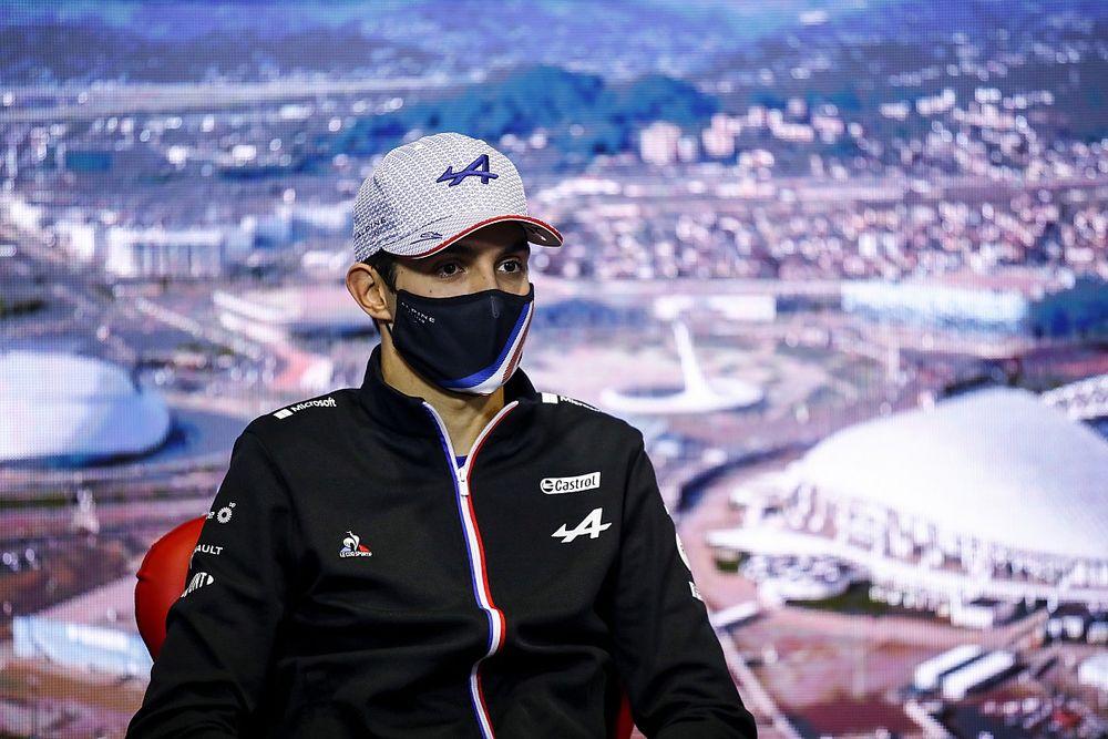 """Ocon: """"Alonso ile aramızdaki fark muhtemelen araç ayarlarındaki 'sapmadan' kaynaklanıyor"""""""