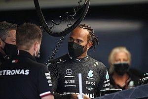 "Hamilton ondanks Ferrari-interesse: ""Trots op Mercedes"""