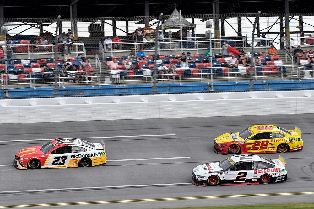 "Keselowski let Talladega NASCAR victory ""slip away"""