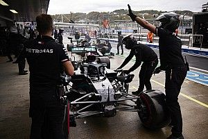 """Hamilton: Pitlane error in Sochi F1 qualifying """"nothing to do with pressure"""""""