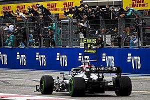 Final de infarto en Rusia: 100ª victoria de Hamilton y podio de Sainz