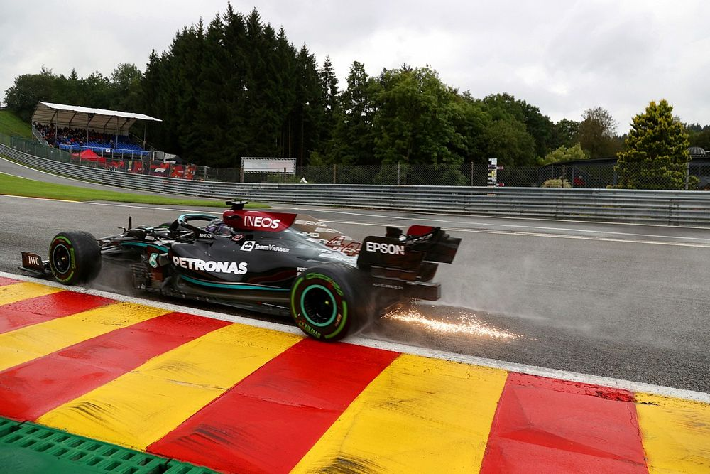 """Hamilton: Mercedes F1 car was a """"handful"""" in wet weather at Spa"""