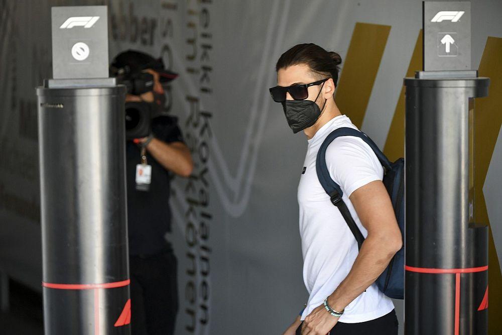 Ferrari, Giovinazzi'nin Alfa Romeo'da kalmasını istiyor