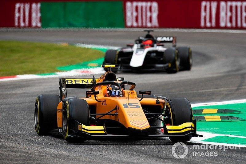 Monza F2: Sprint yarışını Aitken kazandı