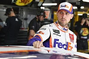 Denny Hamlin to have offseason shoulder surgery