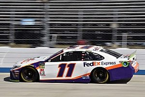 Denny Hamlin wins Stage 1 at Dover, Elliott done early
