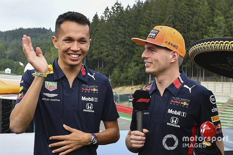 Макс научил Элбона врать Марко и пить гаспачо вместо Red Bull. И сделал все это на камеру!