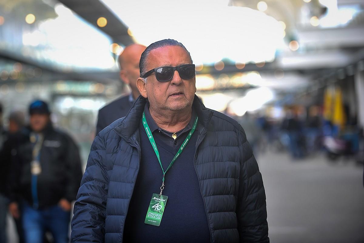 VÍDEO: Galvão chora ao ver reprise do 1º título de Senna na F1