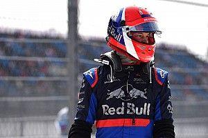 La explicación de la FIA por el casco de Kvyat en Rusia