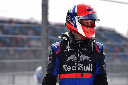"""Kvyat boos over verboden helm: """"F1 heeft veel grotere problemen"""""""