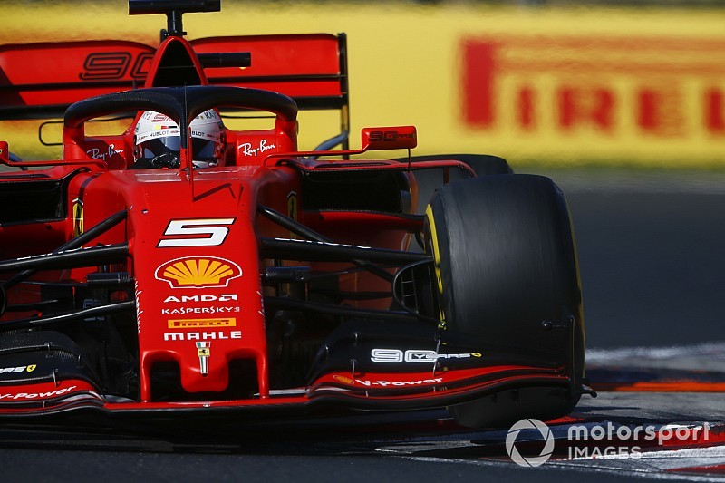 "Ferrari ""quite far"" from ambition of controlling races - Vettel"