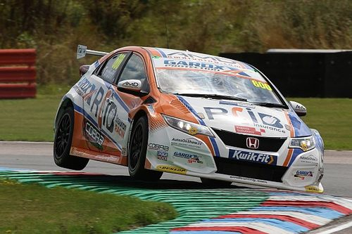 Tordoff withdraws from Knockhill BTCC round