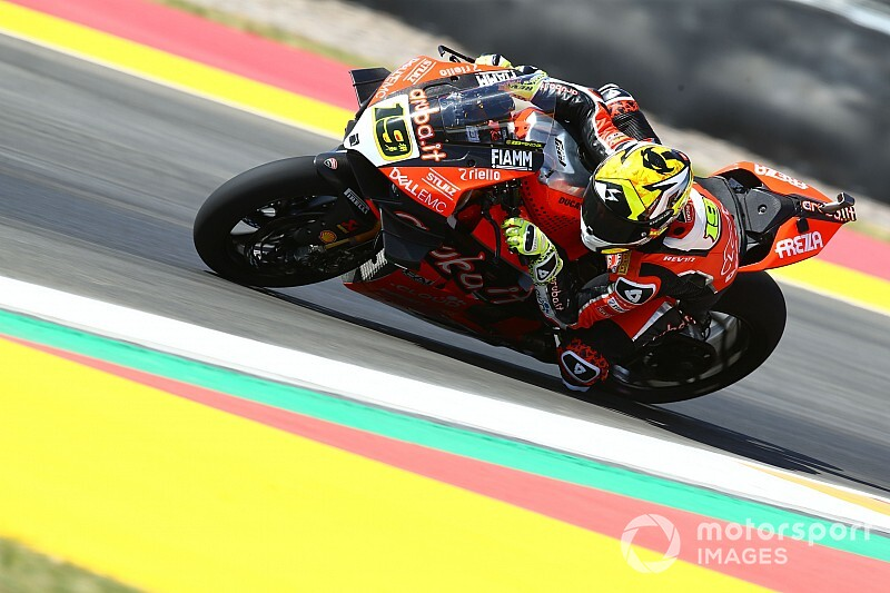 Argentina WSBK: Bautista beats Rea in Friday practices
