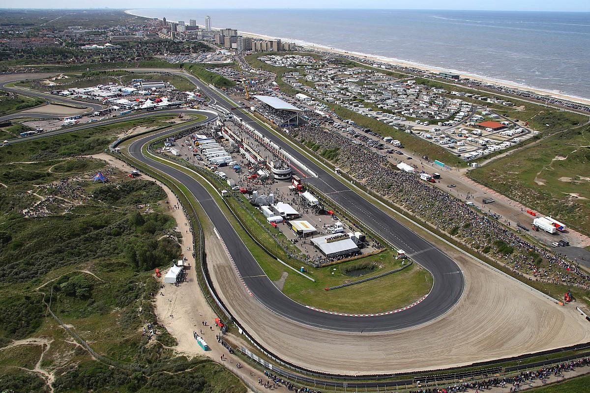 F1-teams mogen over het strand van Noordwijk naar Zandvoort
