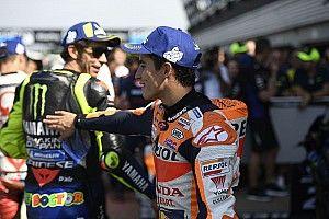 Rossit és Marquezt beidézték az időmérős affér miatt