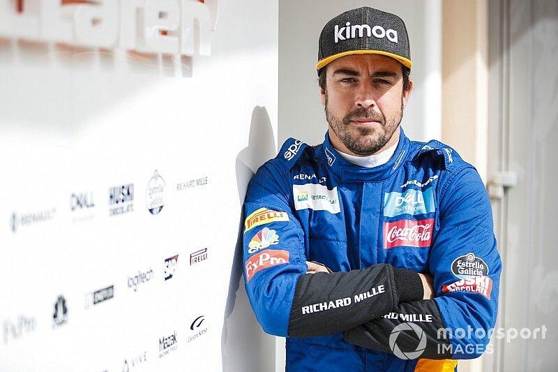 GALERIA: Alonso testa com a McLaren no Bahrein em 'volta' à F1