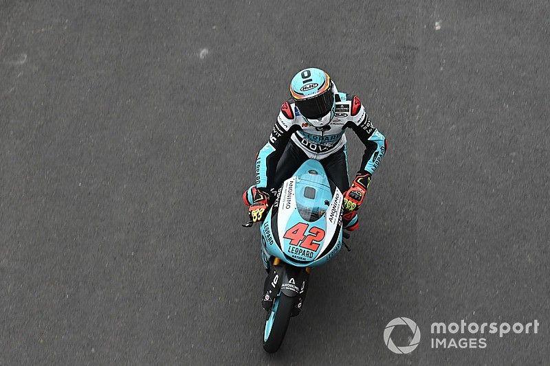 Moto3 Barcelona: Massensturz und erster Sieg für Ramirez