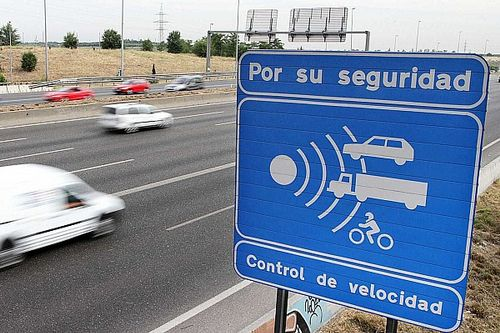 Si te pilla un radar, ¿a partir de qué velocidad te quitan puntos?