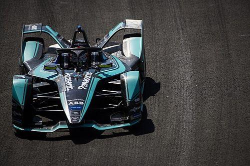 """Un coche """"impredecible"""" afecta a Jaguar en clasificación"""