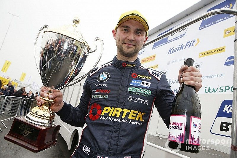 Thruxton BTCC: Jordan holds off Turkington for Race 2 victory