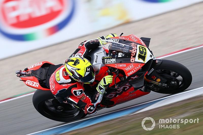 SBK, Assen, Superpole: Ducati e Bautista tornano davanti a tutti in una sessione rocambolesca
