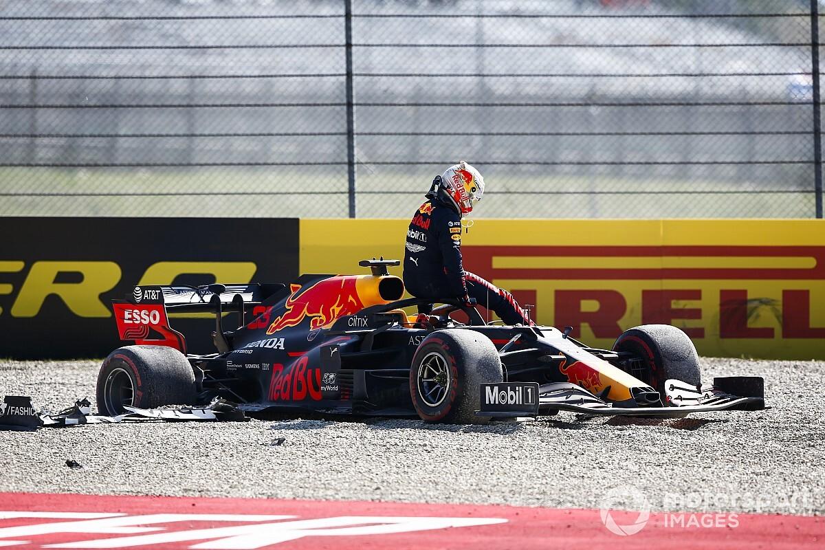 Verstappen: Crash a direct result of engine problem