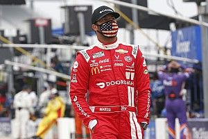 Equipo de Michael Jordan lidera la primera práctica en Daytona