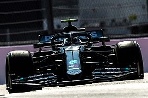 Russian GP: Bottas fastest from Hamilton in FP2