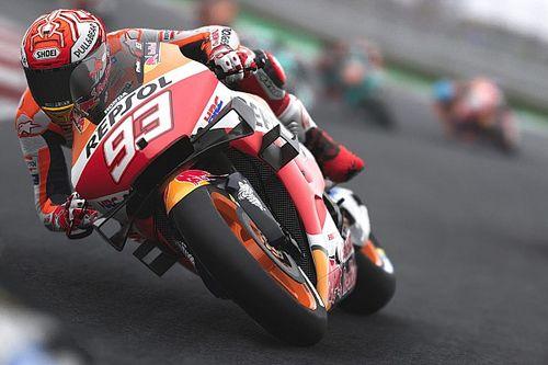Kettős Marquez-győzelem az őrületen izgalmas virtuális MotoGP Nagydíjon, Rossi harmadik