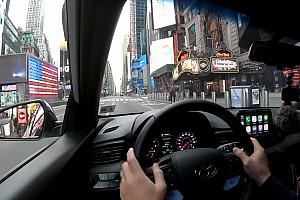 Un viaggio in auto nella New York deserta per il Coronavirus