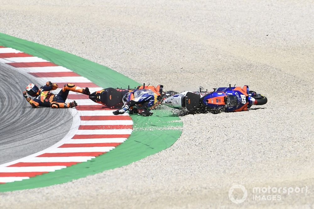 """Oliveira: Espargaro should rethink """"questionable"""" approach"""