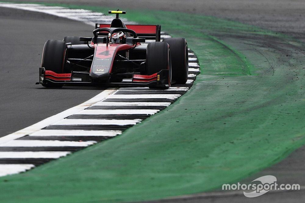 Silverstone F2: Ilott denies Lundgaard maiden pole