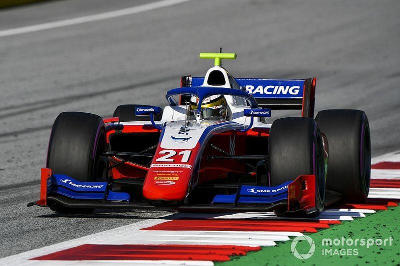 فورمولا 2: شفارتزمان يُحقّق فوزه الأوّل في البطولة في النمسا